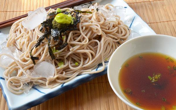 zaru soba,noodles  with nori, japanese food